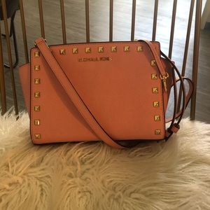 Michael Kors Studded Cross body Selma